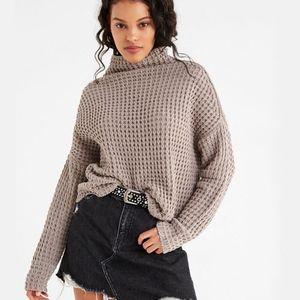 UO Waffle Knit Boxy Turtleneck Sweater